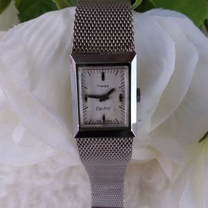 Vintage womans Timex Electric Stainless Steel watc